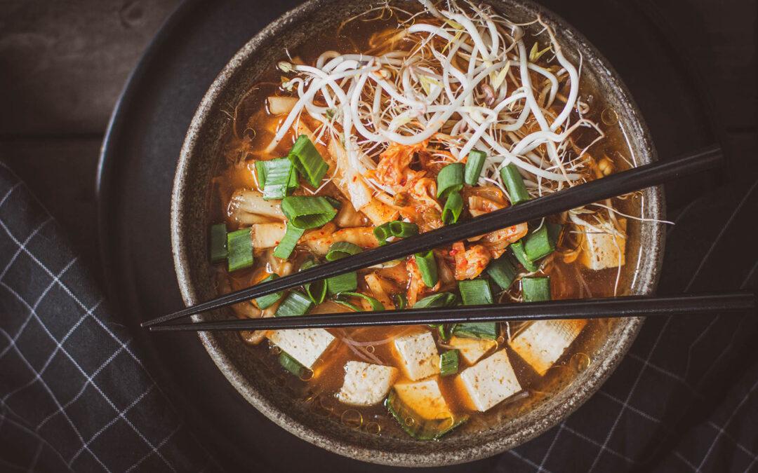 Zupa z kimchi – bez gotowania